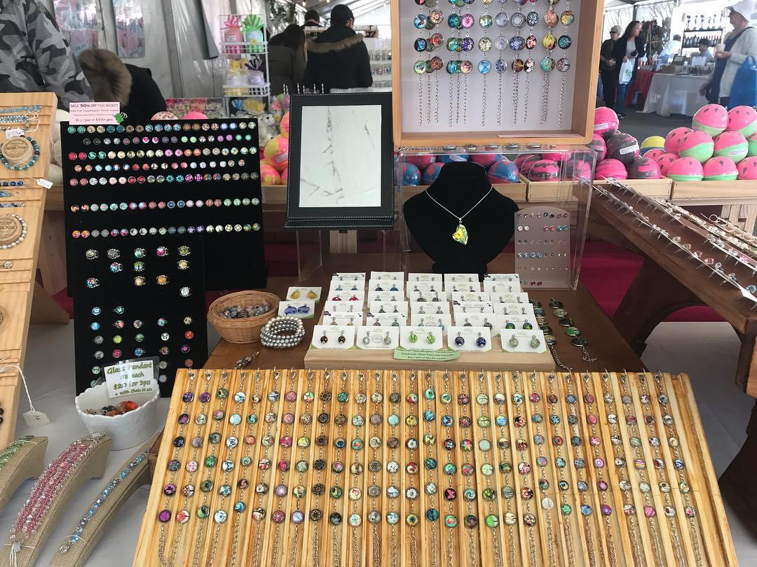 shop display Glass cabochons