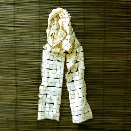 'yin' ivory scarf