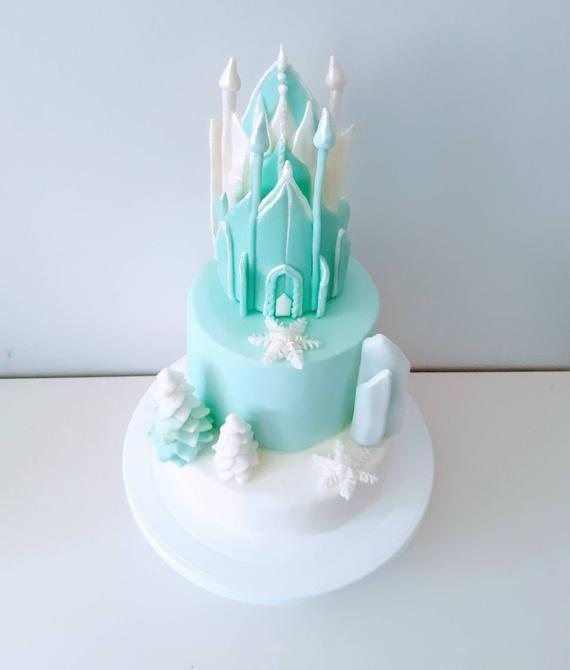 Castle cake toppers